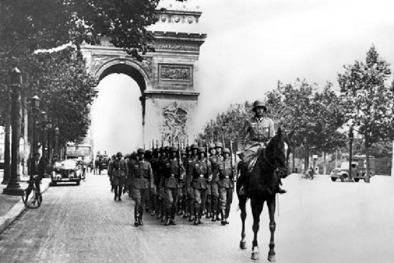 La vita quotidiana a Parigi durante la guerra (1939-1945)