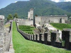 Educazione e patrimonio storico. Le potenzialità del territorio e dei beni culturali nell'insegnamento della storia