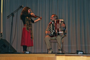 """""""Alle porte della città, parole e musiche nomadi"""": Guarda e ascolta il concerto"""