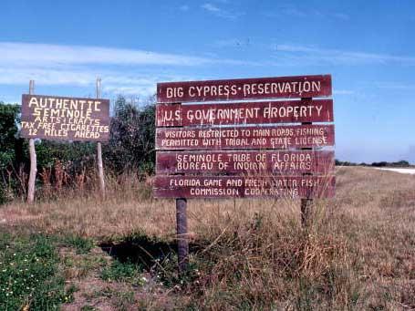 """""""Perché il mondo ha dimenticato il genocidio degli Indiani d'America? Prospettiva storica e realtà attuale in Indian Country"""""""